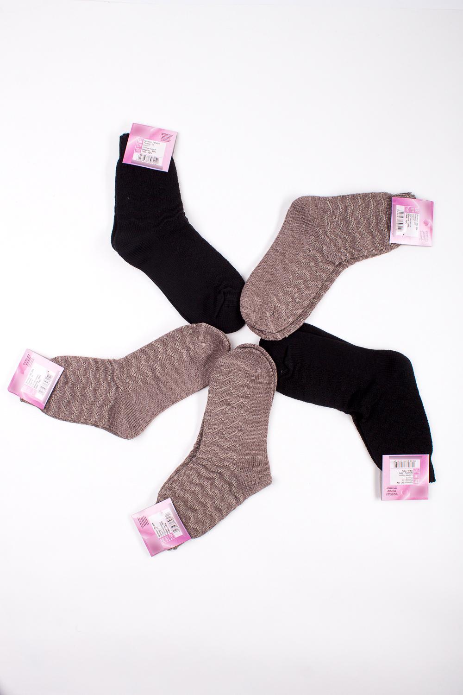 НоскиНоски<br>Теплые носки из плотного трикотажа. В наборе 5 пар.  В изделии использованы цвета: светло-коричневый, черный  Цена на сайте указана за 1 упаковку.<br><br>По материалу: Трикотаж,Вязаные<br>По рисунку: Цветные<br>По сезону: Зима,Осень,Весна<br>По стилю: Повседневный стиль<br>Размер : 23<br>Материал: Вязаное полотно<br>Количество в наличии: 2