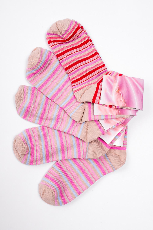 НоскиНоски<br>Хлопковые носки из мягкого трикотажа. В наборе 5 пар.  В изделии использованы цвета: бежевый, голубой, красный, розовый и др.  Цена на сайте указана за 1 упаковку.<br><br>По длине: Миди<br>По материалу: Трикотаж,Хлопок<br>По рисунку: В полоску,С принтом,Цветные<br>По сезону: Весна,Зима,Лето,Осень,Всесезон<br>По стилю: Повседневный стиль<br>Размер : 23-25<br>Материал: Трикотаж<br>Количество в наличии: 1