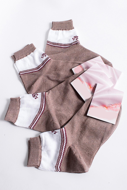 НоскиНоски<br>Хлопковые носки из мягкого трикотажа. В наборе 5 пар.  В изделии использованы цвета: бежевый и др.  Цена на сайте указана за 1 упаковку.<br><br>По материалу: Трикотаж,Хлопок<br>По рисунку: С принтом,Цветные<br>По стилю: Повседневный стиль<br>По сезону: Осень,Весна<br>Размер : 23<br>Материал: Трикотаж<br>Количество в наличии: 2