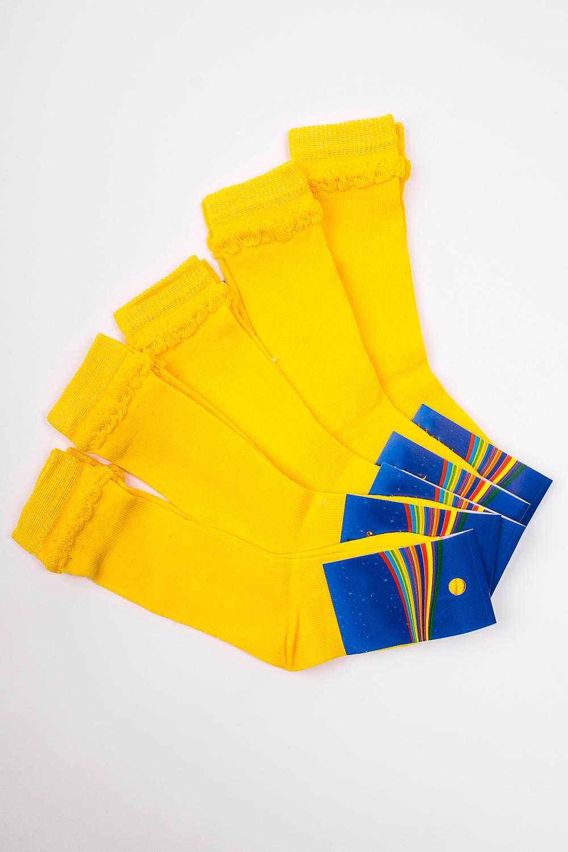 ГольфыЧулочно-носочные изделия<br>Трикотажные гольфы для ребенка. Упаковка из 5 пар.  В изделии использованы цвета: желтый.  Цена на сайте указана за 1 упаковку.<br><br>По материалу: Трикотажные<br>По образу: Жизнь<br>По рисунку: Однотонные<br>По сезону: Весна,Зима,Лето,Осень,Всесезон<br>По стилю: Повседневные<br>По элементам: На резинке<br>Размер : 12-14<br>Материал: Трикотаж<br>Количество в наличии: 1