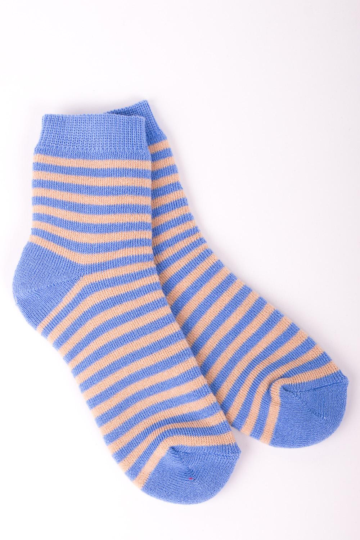 НоскиЧулочно-носочные изделия<br>Цветные махровые носочки  Цвет: голубой, бежевый<br><br>По образу: Жизнь<br>По стилю: Повседневные<br>По материалу: Трикотажные,Хлопковые<br>По рисунку: С принтом (печатью),Цветные,В полоску<br>По сезону: Весна,Осень<br>По элементам: На резинке<br>По длине: Миди<br>Размер: 20<br>Материал: 90% хлопок 8% полиэстер 2% Эластан<br>Количество в наличии: 10