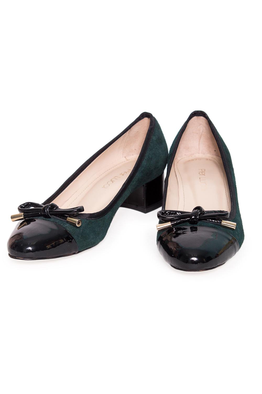ТуфлиТуфли<br>Туфли Тм Pier Lucci страна производства Турция.  Материал верха: натуральная замша, лакированная кожа  Стильные оригинальные женские туфли займут достойное место в Вашей коллекции обуви. Пара отлично сочетается как с брюками так и с юбкой.  В изделии использованы цвета: зеленый, черный<br><br>По материалу: Натуральная замша<br>По сезону: Лето<br>Размер : 40<br>Материал: Замша<br>Количество в наличии: 1