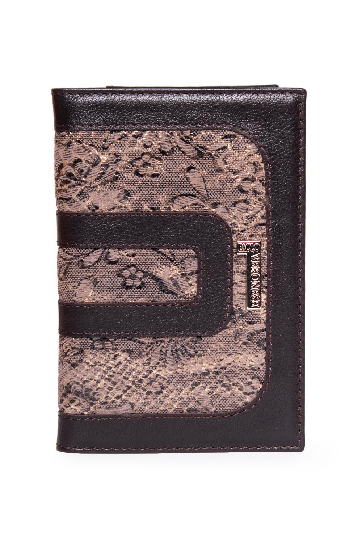 Обложка для паспортаДля паспорта<br>Маленькие, казалось бы, незначительные детали зачастую завершают, дополняют образ, подчёркивают статус, стиль и вкус своего обладателя. Обложка для паспорта из натуральной кожи станет прекрасным подарком по любому поводу. В изделии использованы цвета: коричневый, бежевый<br><br>Размер : UNI<br>Материал: Натуральная кожа<br>Количество в наличии: 2