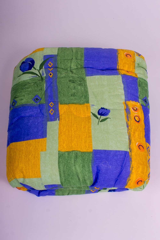 ОдеялоОдеяла и наматрасники<br>Материал силиконизированное волокно весьма оригинален не только снаружи, но и внутри: он состоит из бесконечного множества спиралевидных пружин. Именно благодаря этой особенности постельные принадлежности из силиконизированного волокна такие упругие, способны быстро восстанавливать форму после сжатия, имеют высокую устойчивость в ее сохранению с течение многих лет.  Более того, изделия из этого удивительного материала соответствуют требованиям:  - возможность многолетней эксплуатации; - абсолютное отсутствие токсичности и экологическая чистота; - не впитывает запахов и влаги; - не поддаются горению.  Цвет: желтый, зеленый, синий  Размеры:  Одеяло двухспальное - 172х205 см. Допускается расхождение в размере ± 2 см<br><br>По материалу: Синтетические ткани<br>По размеру: Двуспальные,Евро<br>По рисунку: Геометрия,Растительные мотивы,Цветные,Цветочные<br>Размер : 2,0,Euro<br>Материал: Поликоттон<br>Количество в наличии: 2