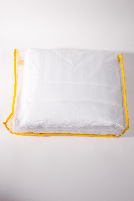 ОдеялоОдеяла и наматрасники<br>Одеяло облегченное.  Бамбуковое волокно обладает хорошими вентиляционными свойствами, поэтому спать под такими одеялами одно удовольствие. Благодаря натуральным смолам, присутствующим в составе бамбукового наполнителя, вы будете избавлены от пыли и неприятного запаха, которые имеют свойство накапливаться в обычных одеялах.  Размеры:  Одеяло полутораспальное - 140х205 см. Одеяло двуспальное - 172х205 см. Одеяло Евро - 200х220 см.  Цвет: белый<br><br>По материалу: Бамбук,Хлопок<br>По размеру: Полутороспальные<br>По рисунку: Однотонные<br>Размер : 140*205,172*205<br>Материал: Хлопок<br>Количество в наличии: 4