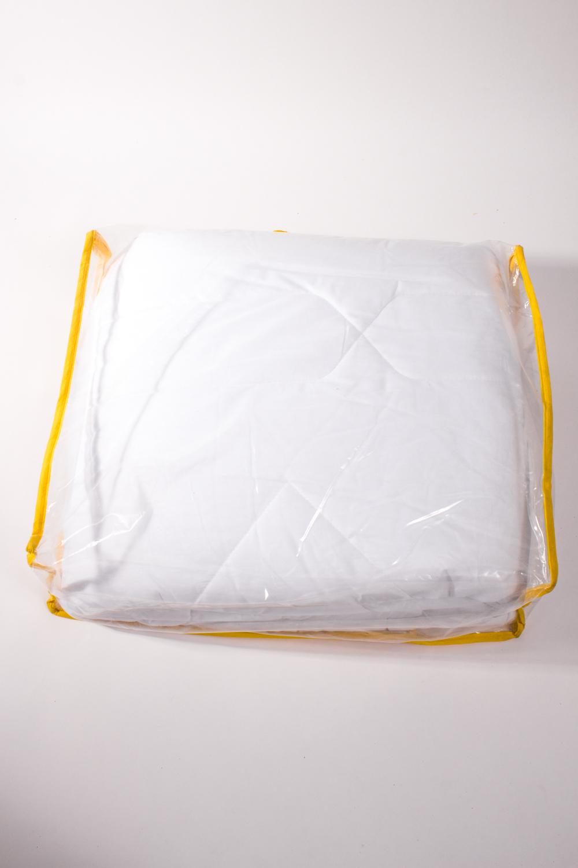 ОдеялоОдеяла и наматрасники<br>Одеяло облегченное.  Бамбуковое волокно обладает хорошими вентиляционными свойствами, поэтому спать под такими одеялами одно удовольствие. Благодаря натуральным смолам, присутствующим в составе бамбукового наполнителя, вы будете избавлены от пыли и неприятного запаха, которые имеют свойство накапливаться в обычных одеялах.  Размеры:  Одеяло полутораспальное - 140х205 см. Одеяло двуспальное - 172х205 см. Одеяло Евро - 200х220 см.  Цвет: белый<br><br>По материалу: Бамбук,Хлопок<br>По размеру: Евро<br>По рисунку: Однотонные<br>Размер : 200*220<br>Материал: Хлопок<br>Количество в наличии: 1
