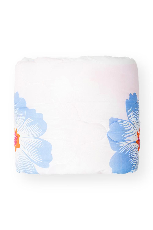 ОдеялоОдеяла и наматрасники<br>«Экософт» - это классическая коллекция одеял с микрофиброй. Микрофибра – это пряжа нового поколения, очень прочная и воздухопроницаемая. При этом она приятна на ощупь и не просвечивает через постельное белье. Микрофибра состоит из полых волокон. Ее пористая структура задерживает частицы пыли и не пропускает их внутрь. По своей упругости и мягкости она напоминает натуральный пух. Ключевое отличие состоит в гипоаллергенности и отсутствии нежелательных микроорганизмов. Такой наполнитель создает все условия для комфортного и безопасного сна. Одеяло «Экософт» просто в уходе и длительное время сохраняет свои полезные физические свойства. Универсальная серия для тех, кто ценит полноценный отдых и качественные материалы.  В изделии использованы цвета: белый, голубой, желтый  Размеры:  Одеяло полутораспальное - 140х205 см. Одеяло двуспальное - 172х205 см. Одеяло Евро - 200х220 см.<br><br>По материалу: Синтетические ткани<br>По размеру: Евро<br>По рисунку: Растительные мотивы,С принтом,Цветные,Цветочные<br>Размер : 200*220<br>Материал: Полиэстер<br>Количество в наличии: 1