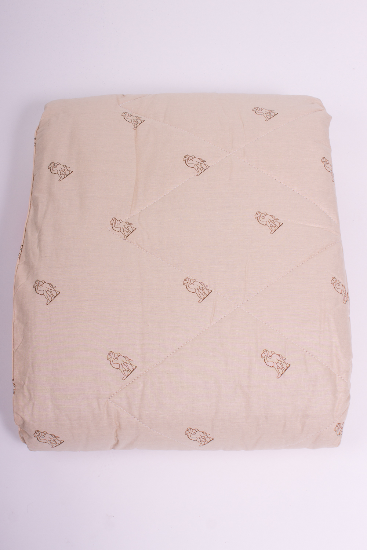 ОдеялоОдеяла и наматрасники<br>Верблюжье волокно славится своей легкостью, мягкостью, уютностью, возможностью активно дышать. Такие одеяла создают комфорт при любой температуре и по праву называются домашним доктором, являясь лучшим средством от бессонницы. В процессе обработки верблюжья шерсть практически не подвергается воздействию токсических веществ, ее можно считать экологически чистым продуктом, обладающим пониженным аллергенным фоном. Благодаря содержанию ланолина (живого воска) верблюжья шерсть нейтрализует токсины, вырабатываемые организмом, и оказывает косметологическое действие, омолаживая кожу, делает ее более упругой и эластичной.  Цвет: бежевый<br><br>По материалу: Хлопок<br>По рисунку: Абстракция,Цветные<br>По размеру: Евро,Двуспальные,Полутороспальные<br>Размер : 1,5,2,0<br>Материал: Хлопок<br>Количество в наличии: 6