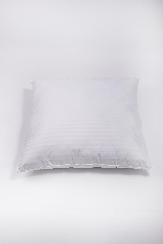 ПодушкаПодушки<br>Наполнитель - силиконизированное волокно  Материал - Хлопок  Цвет: белый<br><br>Материал: Синтетические ткани,Хлопок<br>Рисунок: Однотонные<br>Размер : 70*70<br>Материал: Хлопок<br>Количество в наличии: 1