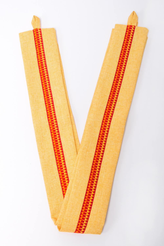 Подхват для шторАксессуары для штор<br>Яркий подхват для штор. В комплекте 2 шт.  Цвет: желтый, оранжевый<br><br>По материалу: Тканевые<br>По рисунку: Цветные<br>Размер : UNI<br>Материал: Портьерные ткани<br>Количество в наличии: 1