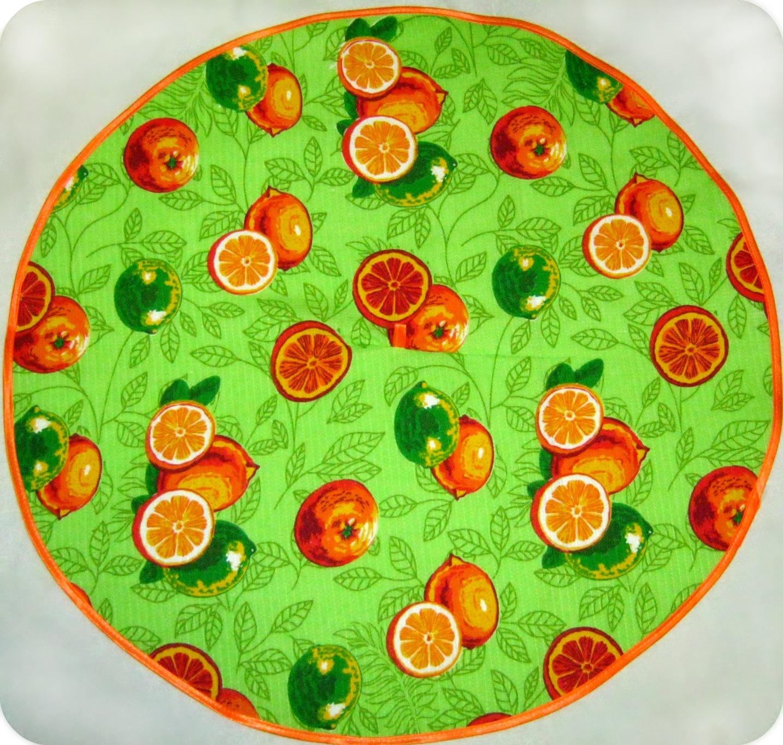 ПолотенцеПолотенца<br>Хлопковое полотенце для кухни. Размер полотенца 64*64 см.<br><br>Отделка края: Отделка строчкой<br>По материалу: Вафельные,Хлопковые<br>По рисунку: Абстракция,С принтом (печатью),Цветные<br>По элементам: С петлей<br>Размер : 64*64<br>Материал: Хлопок<br>Количество в наличии: 1