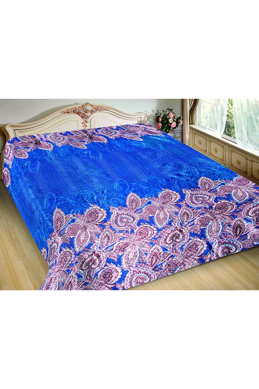 ПокрывалоПокрывала<br>Покрывало на кровать – эта деталь интерьера, которая делает кровать нарядной в течение дня и хранит её для ночи. Оно защищает постельное бельё от износа и загрязнения, сохраняет его свежесть и позволяет Вам каждую ночь ложиться в чистую кровать. Современная мода отводит покрывалам центральное место в спальне и гостиной и советует использовать его не только для того, чтобы защитить мебельную обивку от пыли и пятен. Оригинальная и стильная постельная накидка может не только спрятать белье от посторонних глаз, но и стать элементом декора помещения.  В изделии использованы цвета: синий, розовый и др.<br><br>По материалу: Шелк<br>По размеру: Полутороспальные,Евро<br>По рисунку: Цветные,С принтом<br>По элементам: С термостежкой<br>Размер : 150*220,200*220<br>Материал: Искусственный шелк<br>Количество в наличии: 8