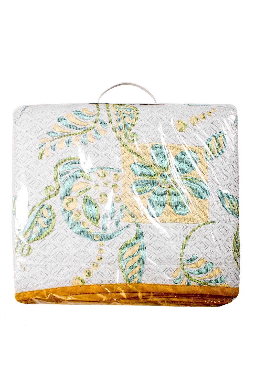 ПокрывалоПокрывала<br>Покрывало на кровать – эта деталь интерьера, которая делает кровать нарядной в течение дня и хранит её для ночи. Оно защищает постельное бельё от износа и загрязнения, сохраняет его свежесть и позволяет Вам каждую ночь ложиться в чистую кровать. Современная мода отводит покрывалам центральное место в спальне и гостиной и советует использовать его не только для того, чтобы защитить мебельную обивку от пыли и пятен. Оригинальная и стильная постельная накидка может не только спрятать белье от посторонних глаз, но и стать элементом декора помещения.  В изделии использованы цвета: серый, голубой, желтый.<br><br>По материалу: Тканевые<br>По рисунку: Растительные мотивы,С принтом (печатью),Цветочные<br>Размер : 140*235<br>Материал: Жаккард<br>Количество в наличии: 1
