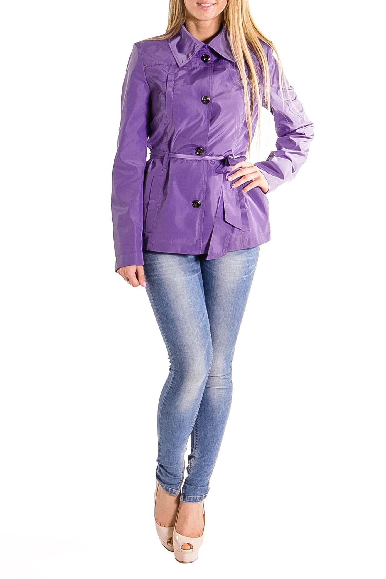 ВетровкаКуртки<br>Куртка - ветровка полуприлегающего силуэта, длиной чуть ниже уровня бёдер. Кокетка на передней и задней частях изделия. Рельефы из проймы. Отложной воротник на стойке с хлястиком. Застёжка на пуговицы. Пояс по талии. Карманы с листочкой в рельефах.  Цвет: сиреневый  Длина рукава - 65 см  Рост девушки-фотомодели - 170 см  Длина изделия: 44 размер - 66 см ± 1 см 46 размер - 66 см ± 1 см 48 размер - 66 см ± 1 см 50 размер - 66 см ± 1 см 52 размер - 66 см ± 1 см 54 размер - 66 см ± 1 см<br><br>По длине: Короткие<br>По рисунку: Однотонные<br>По сезону: Весна,Осень<br>По элементам: С воротником,С декором,С карманами,С отделочной фурнитурой,С поясом<br>Рукав: Длинный рукав<br>По стилю: Повседневный стиль<br>Застежка: С пуговицами<br>По материалу: Плащевая ткань<br>По силуэту: Полуприталенные<br>По форме: Ветровка<br>Воротник: Отложной<br>Размер : 44,46<br>Материал: Болонья<br>Количество в наличии: 4