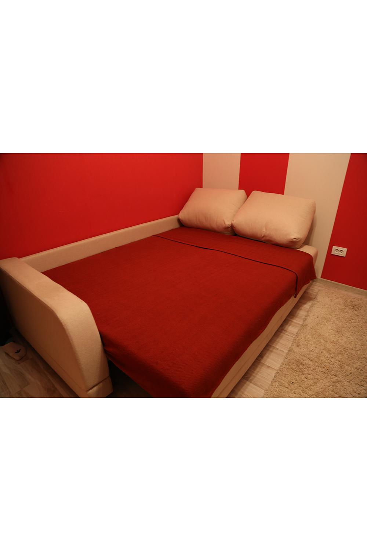 ПледПледы<br>Однотонный хлопковый плед на кровать.  Размер: 170*225 см.  Цвет: красный<br><br>Отделка края: Отделка строчкой<br>По материалу: Хлопок<br>По рисунку: Однотонные<br>Размер : 170*225<br>Материал: Хлопок<br>Количество в наличии: 1