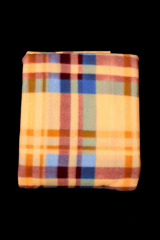 ПледПледы<br>Лёгкий нарядный плед, универсальное текстильное изделие, согревает в сырую погоду дома или в поездке, в туристическом походе, гостинице, косметическом салоне. А так же украшает интерьер.  В изделии использованы цвета: желтый и др.<br><br>По материалу: Флис<br>По рисунку: В полоску,С принтом (печатью),Цветные<br>По сезону: Всесезон<br>Размер : 150*200,200*220<br>Материал: Флис<br>Количество в наличии: 2