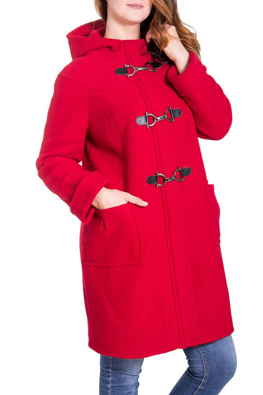 ПальтоПальто<br>Уютное женское пальто свободного силуэта. Модель выполнена из плотного материала. Отличный вариант для демисезонного гардероба.  Цвет: красный  Рост девушки-фотомодели 180 см<br><br>Воротник: Стойка<br>По материалу: Шерсть<br>По рисунку: Однотонные<br>По сезону: Весна,Осень<br>По силуэту: Свободные<br>По элементам: С декором,С карманами,С капюшоном<br>Рукав: Длинный рукав<br>По стилю: Повседневный стиль<br>Размер : 44,48,50,52<br>Материал: Пальтовая ткань<br>Количество в наличии: 4