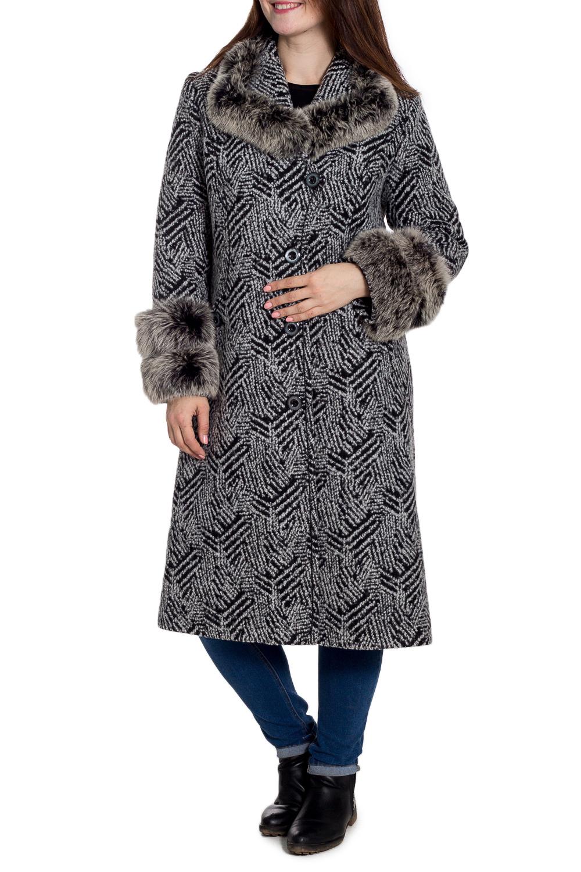 ПальтоПальто<br>Удлиненное зимнее пальто с отделкой из меха. Модель на подкладе, выполнена из плотной пальтовой ткани. Отличный выбор для повседневного гардероба. Ростовка изделия 170 см.  В изделии использованы цвета: серый, черный  Рост девушки-фотомодели 180 см<br><br>Воротник: Отложной<br>Застежка: С пуговицами<br>По длине: Ниже колена<br>По материалу: Пальтовая ткань,Шерсть<br>По рисунку: Цветные<br>По силуэту: Прямые<br>По стилю: Повседневный стиль<br>По элементам: С декором,С карманами<br>Рукав: Длинный рукав<br>По сезону: Зима<br>Размер : 50,52<br>Материал: Пальтовая ткань<br>Количество в наличии: 2