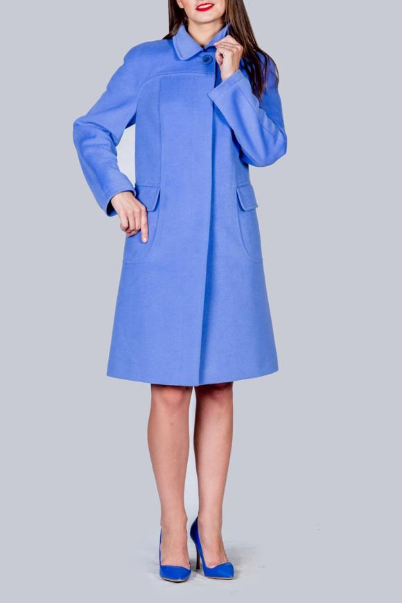 ПальтоПальто<br>Пальто демисезонное из гладкокрашеной шерстяной ткани, трапецевидного силуэта, с длинным рукавом, карманы накладные, воротник отложной, длина до колена. Ростовка изделия 170 см.  В изделии использованы цвета: голубой<br><br>Воротник: Отложной<br>Застежка: С пуговицами<br>По длине: До колена<br>По материалу: Пальтовая ткань<br>По рисунку: Однотонные<br>По силуэту: Полуприталенные<br>По стилю: Повседневный стиль<br>По элементам: С карманами<br>Рукав: Длинный рукав<br>По сезону: Осень,Весна<br>Размер : 48,50,52,54,56<br>Материал: Пальтовая ткань<br>Количество в наличии: 5