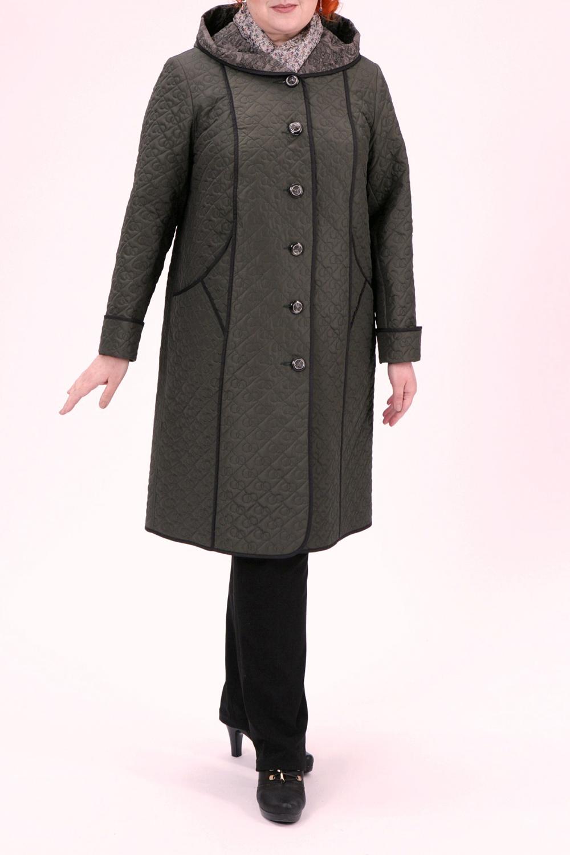 ПальтоПальто<br>Красивое пальто с капюшоном. Модель выполнена из непродуваемой ткани.  Цвет: зеленый  Рост девушки-фотомодели 172 см<br><br>Застежка: С пуговицами<br>По длине: Ниже колена<br>По материалу: Пальтовая ткань<br>По рисунку: Однотонные,Фактурный рисунок<br>По силуэту: Прямые<br>По стилю: Повседневный стиль<br>По элементам: Отделка строчкой,С карманами<br>Рукав: Длинный рукав<br>По сезону: Осень,Весна<br>Размер : 60,64,74<br>Материал: Болонья<br>Количество в наличии: 3