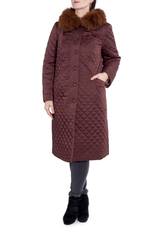 ПальтоПальто<br>Удлиненное пальто из стеганного материала. Отличный выбор для повседневного гардероба.  Подклад - 100% поливискоза, утеплитель Valtherm, мех -песец.  Цвет: коричневый  Рост девушки-фотомодели 180 см.<br><br>Воротник: Отложной<br>По длине: Ниже колена<br>По рисунку: Однотонные<br>По силуэту: Полуприталенные<br>По стилю: Повседневный стиль<br>По элементам: Отделка строчкой,С карманами<br>Рукав: Длинный рукав<br>Застежка: С молнией<br>По сезону: Осень,Весна<br>Размер : 52,54,58,60,66<br>Материал: Болонья<br>Количество в наличии: 5