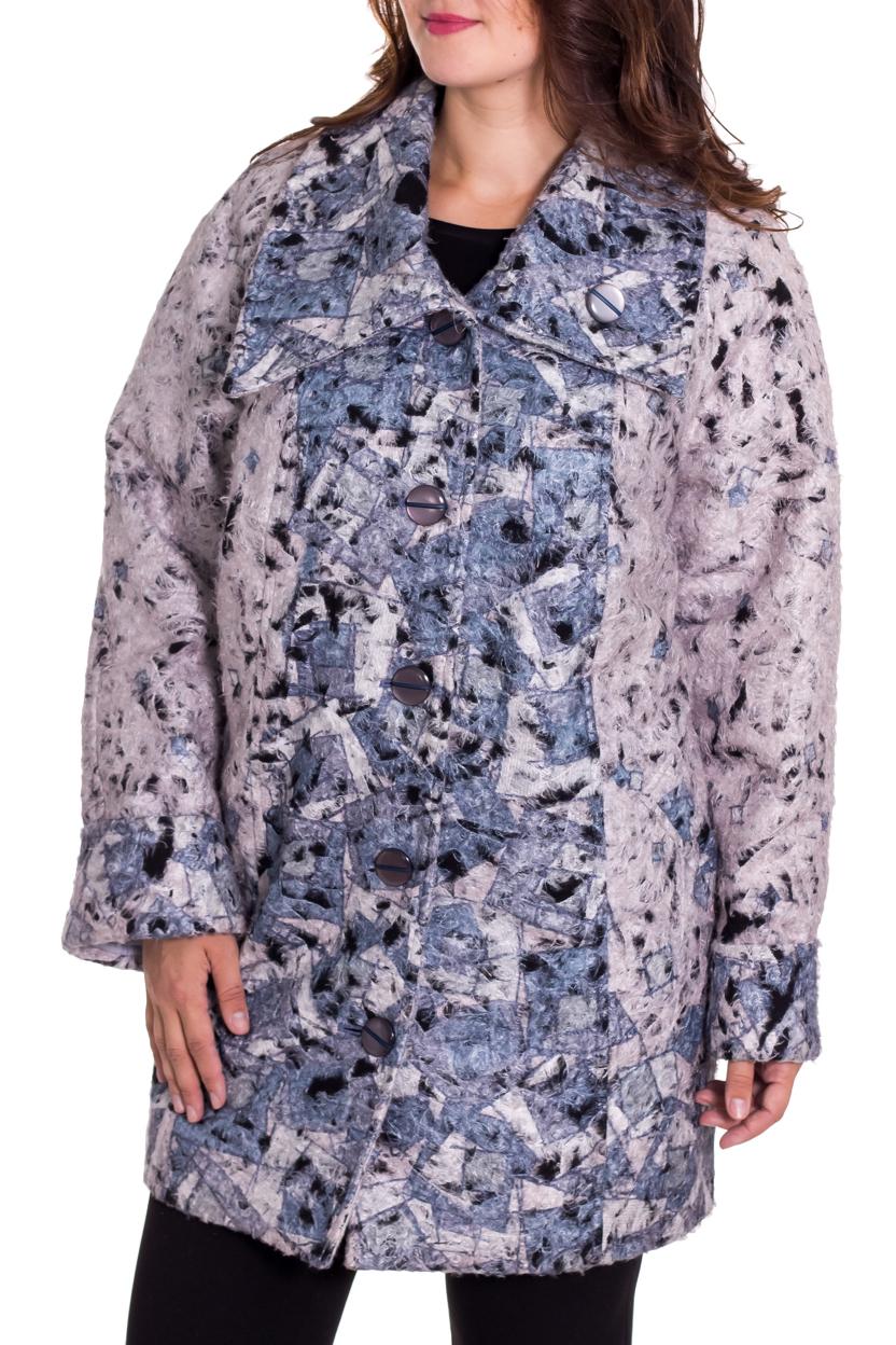 ПальтоПальто<br>Красивое пальто свободного силуэта из пальтовой ткани с добавлением шерсти. Отличный выбор на прохладную погоду. Ростовка изделия 170 см.  В изделии использованы цвета: розовый, голубой, черный  Рост девушки-фотомодели 180 см<br><br>Воротник: Отложной<br>Застежка: С пуговицами<br>По длине: До колена<br>По материалу: Пальтовая ткань,Шерсть<br>По рисунку: С принтом,Цветные<br>По силуэту: Полуприталенные<br>По стилю: Повседневный стиль<br>По элементам: С карманами<br>Рукав: Длинный рукав<br>По сезону: Осень,Весна<br>Размер : 60,62,64,66<br>Материал: Пальтовая ткань<br>Количество в наличии: 4
