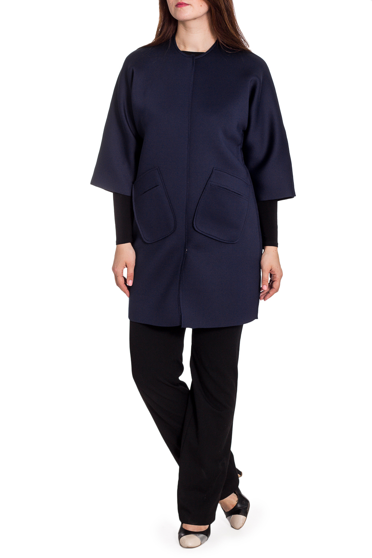 Пальто-трансформерПальто<br>Однотонное пальто прямого силуэта. Модель выполнена из плотной пальтовой ткани. Отличный выбор для повседневного и делового гардероба. Подходит на размеры с 40 по 50.  Цвет: синий  Рост девушки-фотомодели 180 см<br><br>Горловина: С- горловина<br>По длине: До колена<br>По рисунку: Однотонные<br>По силуэту: Прямые<br>По стилю: Кэжуал,Офисный стиль,Повседневный стиль<br>По элементам: С карманами<br>Рукав: Рукав три четверти<br>По сезону: Осень,Весна<br>Размер : universal<br>Материал: Неопрен<br>Количество в наличии: 4