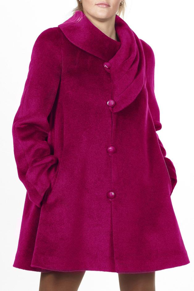 ПальтоПальто<br>Пальто трапециевидного силуэта с цельнокроенным рукавом. На переде обработаны прорезные карманы с листочкой. Низ рукава декорирован складками, которые закреплены пуговицей. Воротник ассметричный, с защипами. Застежка смещенная на навесные петли. Тефлоновое покрытие обладает свойством отталкивания влаги, что защищает изделие от промокания даже при сильном дожде.  Цвет: фуксия  Ростовка изделия 170 см.<br><br>Воротник: Фантазийный<br>Застежка: С пуговицами<br>По длине: До колена<br>По материалу: Пальтовая ткань,Шерсть<br>По рисунку: Однотонные<br>По силуэту: Свободные<br>По стилю: Повседневный стиль<br>По элементам: С декором,С карманами<br>Рукав: Длинный рукав<br>По сезону: Осень,Весна<br>Размер : 44,46,48,50<br>Материал: Пальтовая ткань<br>Количество в наличии: 4