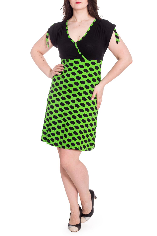 ПлатьеПлатья<br>Цветное платье с короткими рукавами. Домашняя одежда, прежде всего, должна быть удобной, практичной и красивой. В наших изделиях Вы будете чувствовать себя комфортно, особенно, по вечерам после трудового дня.  В изделии использованы цвета: черный, салатовый  Рост девушки-фотомодели 180 см<br><br>Горловина: V- горловина<br>По длине: До колена<br>По материалу: Вискоза<br>По рисунку: В горошек,С принтом,Цветные<br>По сезону: Весна,Зима,Лето,Осень,Всесезон<br>По силуэту: Полуприталенные<br>Рукав: Короткий рукав<br>Размер : 48,50,52<br>Материал: Вискоза<br>Количество в наличии: 5