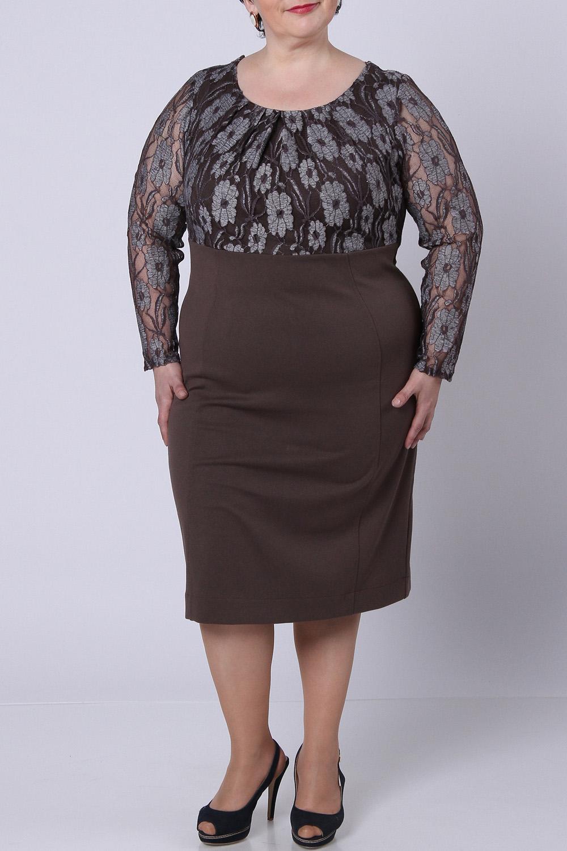 ПлатьеПлатья<br>Удивительное платье с круглой горловиной и длинными рукавами. Модель выполнена из плотного трикотажа и ажурного гипюра. Отличный выбор для любого торжества.  Цвет: коричневый  Рост девушки-фотомодели 164 см., размер 56.<br><br>Горловина: С- горловина<br>По длине: Ниже колена<br>По материалу: Гипюровая сетка,Трикотаж<br>По сезону: Весна,Всесезон,Зима,Лето,Осень<br>По рисунку: С принтом,Цветные<br>По силуэту: Приталенные<br>По стилю: Нарядный стиль,Повседневный стиль<br>По форме: Платье - футляр<br>Рукав: Длинный рукав<br>Размер : 50,52<br>Материал: Джерси + Гипюровая сетка<br>Количество в наличии: 2