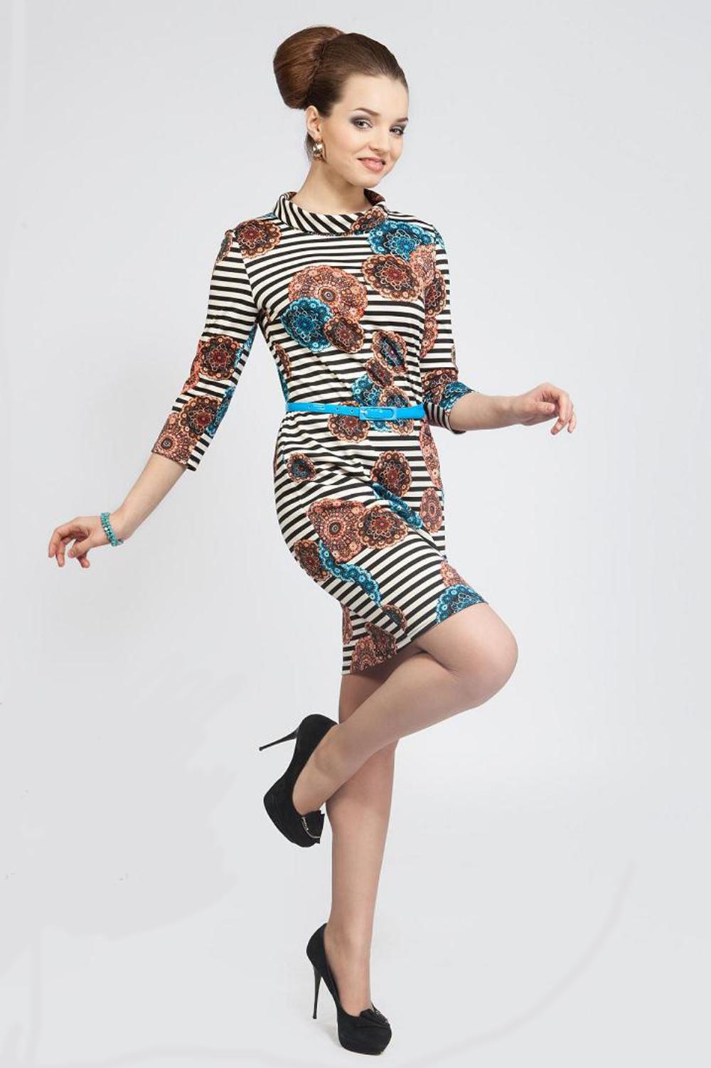 ПлатьеПлатья<br>Женское платье с рукавами 3/4. Модель выполнена из приятного материала. Отличный выбор для повседневного гардероба. Платье без пояса.  Цвет: бежевый, черный, коричневый<br><br>Воротник: Стояче-отложной<br>По длине: До колена<br>По материалу: Вискоза,Трикотаж<br>По образу: Город,Свидание<br>По рисунку: В полоску,Растительные мотивы,Цветные,Цветочные<br>По сезону: Весна,Осень<br>По силуэту: Полуприталенные<br>По стилю: Повседневный стиль<br>По форме: Платье - футляр<br>Рукав: Рукав три четверти<br>Размер : 44,46,48,50<br>Материал: Трикотаж<br>Количество в наличии: 1