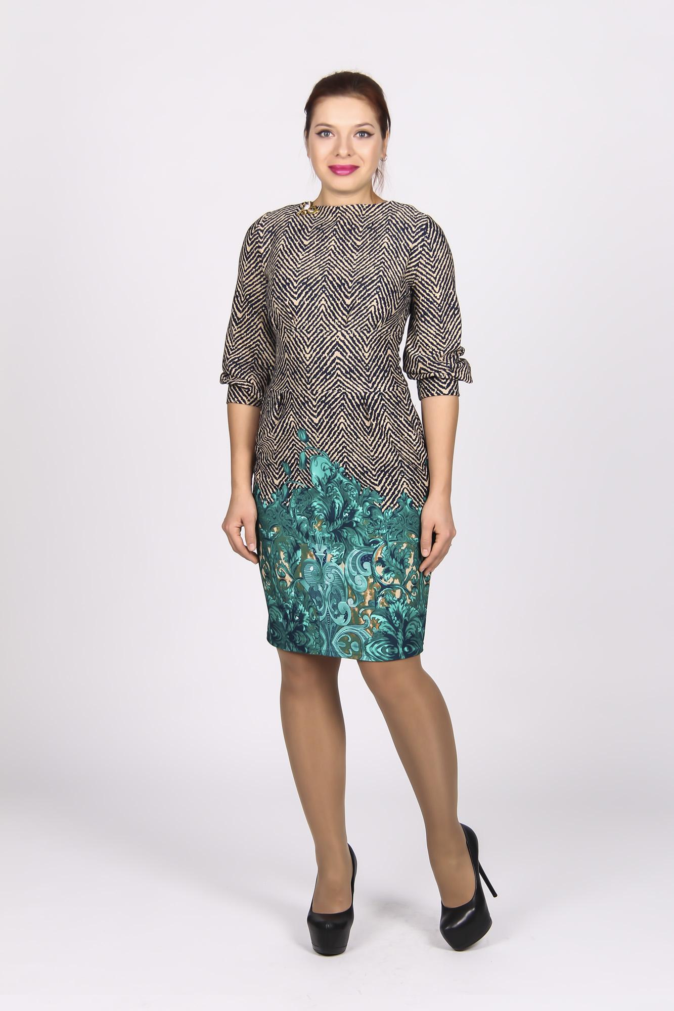 ПлатьеПлатья<br>Красивое женское платье с круглой горловиной и рукавами 3/4. Модель выполнена из приятнолго трикотажа. Отличный выбор для повседневного гардероба Платье без пояса.  Цвет: коричневый, голубой  Рост девушки-фотомодели 170 см.<br><br>Горловина: С- горловина<br>По длине: До колена<br>По материалу: Вискоза,Трикотаж<br>По образу: Город,Свидание<br>По рисунку: Абстракция,Цветные,С принтом<br>По сезону: Весна,Осень<br>По силуэту: Полуприталенные<br>По стилю: Повседневный стиль<br>Рукав: Рукав три четверти<br>По форме: Платье - футляр<br>Размер : 44<br>Материал: Трикотаж<br>Количество в наличии: 1