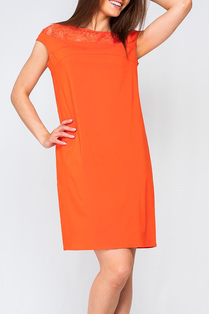 ПлатьеПлатья<br>Женское платье свободного силуэта, сочетание двух видов тканей, платье станет ярким акцентом в Вашем образе.   Параметры изделия:  44 размера: обхват груди - 102 см. обхват по линии бедер - 107 см. длина изделия - 93 см.  52 размера: обхват груди - 118 см. обхват по линии бедер - 123 см. длина изделия - 99 см.  Цвет: оранжевый  Рост девушки-фотомодели 170 см<br><br>Горловина: Лодочка<br>По длине: До колена<br>По материалу: Гипюр,Тканевые<br>По рисунку: Однотонные<br>По сезону: Весна,Зима,Лето,Осень,Всесезон<br>По силуэту: Прямые<br>По стилю: Нарядный стиль<br>Рукав: Короткий рукав<br>Размер : 42,44,46<br>Материал: Плательная ткань<br>Количество в наличии: 3
