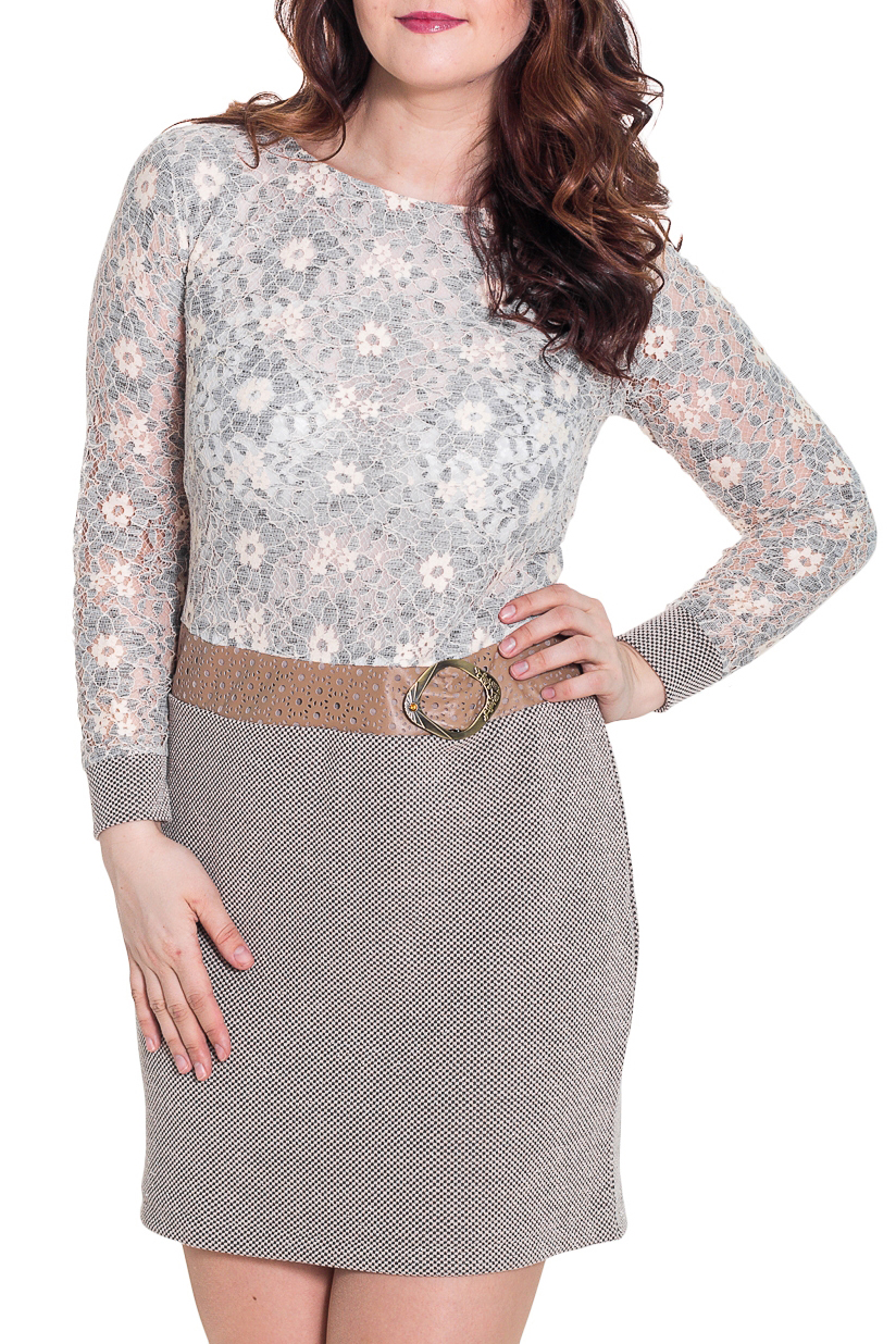 ПлатьеПлатья<br>Красивое платье с имитацией юбки и блузки. Модель выполнена из приятного трикотажа. Отличный выбор для повседневного гардероба. Платье без пояса.  Цвет: серый  Длина в размерах 46-48 - 100 см., в 50-54 размера 105 см.  Рост девушки-фотомодели 180 см.<br><br>Горловина: С- горловина<br>По длине: До колена<br>По материалу: Вискоза,Трикотаж<br>По образу: Город,Свидание<br>По рисунку: Цветные<br>По силуэту: Приталенные<br>По стилю: Повседневный стиль,Романтический стиль<br>По форме: Платье - футляр<br>По элементам: С кожаными вставками,С манжетами<br>Рукав: Длинный рукав<br>По сезону: Осень,Весна<br>Размер : 46,48,50,52,54<br>Материал: Трикотаж + Искусственная кожа<br>Количество в наличии: 8