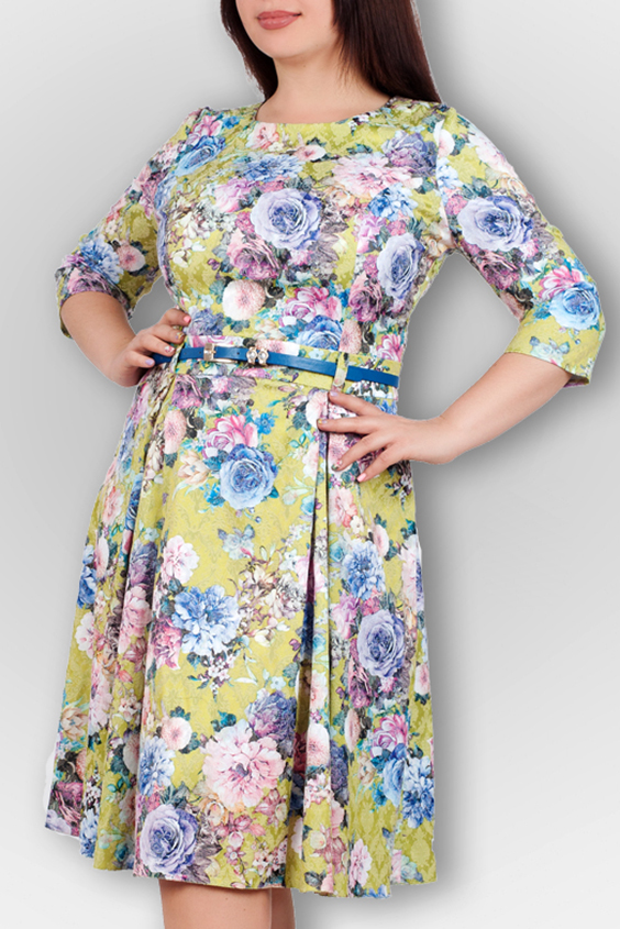 ПлатьеПлатья<br>Романтическое платье с цветочным принтом. Модель выполнена из приятного материала. Отличный выбор для любого случая. Платье без пояса.  В изделии использованы цвета: зеленый, розовый, голубой и др.  Ростовка изделия 170 см.<br><br>Горловина: С- горловина<br>По длине: Ниже колена<br>По материалу: Тканевые<br>По рисунку: Растительные мотивы,С принтом,Цветные,Цветочные<br>По стилю: Повседневный стиль,Романтический стиль<br>По форме: Платье - трапеция<br>По элементам: Со складками<br>Рукав: Рукав три четверти<br>По сезону: Осень,Весна<br>Размер : 44,46,48,50<br>Материал: Плательная ткань<br>Количество в наличии: 4