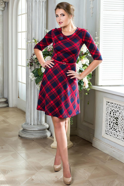 ПлатьеПлатья<br>Платье в яркую клетку из трикотажа. Отрезное по талии, юбка-полусолнце, втачные рукава. Округлый вырез горловины декорирован кантом. Платье без пояса.  В изделии использованы цвета: красный, синий  Рост девушки-фотомодели 176 см.<br><br>Горловина: С- горловина<br>По длине: До колена<br>По материалу: Вискоза,Трикотаж<br>По рисунку: В клетку,С принтом,Цветные<br>По силуэту: Приталенные<br>По стилю: Повседневный стиль<br>По форме: Платье - трапеция<br>Рукав: До локтя<br>По сезону: Осень,Весна,Зима<br>Размер : 42,44,50<br>Материал: Трикотаж<br>Количество в наличии: 5