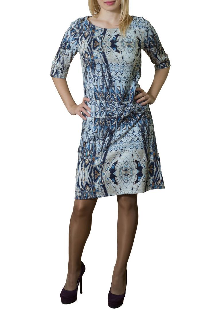 ПлатьеПлатья<br>Повседневное женское платье из приятного трикотажа. Ркава 3/4. Цвет: сине-голубые оттенки.<br><br>Горловина: С- горловина<br>По длине: До колена<br>По материалу: Вискоза,Трикотаж<br>По образу: Город,Свидание<br>По рисунку: Абстракция,Цветные,Геометрия,С принтом<br>По сезону: Весна,Осень<br>По силуэту: Полуприталенные<br>По стилю: Повседневный стиль<br>По форме: Платье - футляр<br>Рукав: Рукав три четверти<br>Размер : 44,48<br>Материал: Трикотаж<br>Количество в наличии: 4