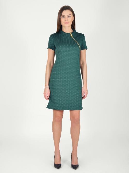 ПлатьеПлатья<br>Интересное платье в спортивном стиле. Модель выполнена из приятного материала. Отличный выбор для любого случая.  В изделии использованы цвета: зеленый  Длина изделия до 46 размера - 88 см, после 46 размера - 90 см.  Рост девушки-фотомодели 170 см.  Параметры размеров: 42 размер - обхват груди 84 см., обхват талии 66 см., обхват бедер 92 см. 44 размер - обхват груди 88 см., обхват талии 70 см., обхват бедер 96 см. 46 размер - обхват груди 92 см., обхват талии 74 см., обхват бедер 100 см. 48 размер - обхват груди 96 см., обхват талии 78 см., обхват бедер 104 см. 50 размер - обхват груди 100 см., обхват талии 82 см., обхват бедер 108 см. 52 размер - обхват груди 104 см., обхват талии 86 см., обхват бедер 112 см. 54 размер - обхват груди 108 см., обхват талии 91 см., обхват бедер 116 см. 56 размер - обхват груди 112 см., обхват талии 95 см., обхват бедер 120 см. 58 размер - обхват груди 116 см., обхват талии 100 см., обхват бедер 124 см. 60 размер - обхват груди 120 см., обхват талии 105 см., обхват бедер 128 см.<br><br>Воротник: Стойка<br>По длине: До колена<br>По материалу: Трикотаж<br>По рисунку: Однотонные<br>По силуэту: Полуприталенные<br>По стилю: Кэжуал,Повседневный стиль,Спортивный стиль<br>По форме: Платье - футляр<br>По элементам: С молнией,С отделочной фурнитурой<br>Рукав: Короткий рукав<br>По сезону: Осень,Весна<br>Размер : 42,44,46,48,50<br>Материал: Трикотаж<br>Количество в наличии: 9