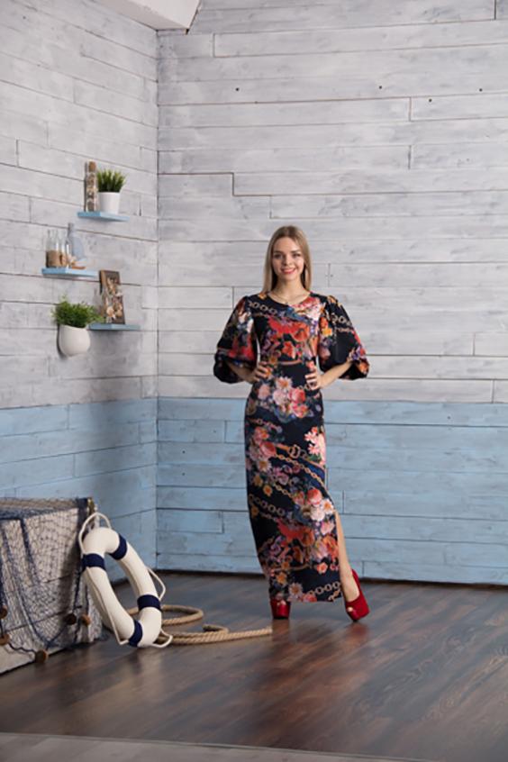 ПлатьеПлатья<br>Великолепное платье в пол. Модель выполнена из приятного материала. Отличный выбор для любого случая.  Цвет: черный, мультицвет  Ростовка изделия 170 см.<br><br>Горловина: С- горловина<br>По длине: Макси<br>По материалу: Трикотаж<br>По рисунку: Цветные,Растительные мотивы,С принтом<br>По силуэту: Приталенные<br>По стилю: Повседневный стиль<br>По форме: Платье - футляр<br>Рукав: Рукав три четверти<br>По сезону: Всесезон,Весна,Зима,Лето,Осень<br>По элементам: С разрезом<br>Размер : 48<br>Материал: Джерси<br>Количество в наличии: 1