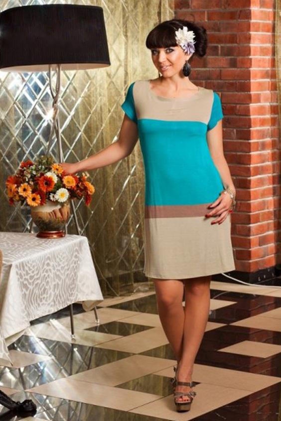 ПлатьеПлатья<br>Простое, но эффектное укороченное платье из  вискозного трикотажа. Силуэт трапеция подойдет для любой фигуры. Рукав втачной, короткий.   Длина до 48 размера - 89 см., после 50 размера - 94 см.  Цвет: голубой, бежевый<br><br>Горловина: С- горловина<br>По длине: До колена<br>По материалу: Вискоза,Трикотаж<br>По образу: Город,Свидание<br>По рисунку: Цветные<br>По силуэту: Полуприталенные<br>По стилю: Повседневный стиль,Кэжуал<br>По форме: Платье - футляр<br>Рукав: Короткий рукав<br>По сезону: Осень,Весна<br>Размер : 46,48,50,52,54<br>Материал: Трикотаж<br>Количество в наличии: 5