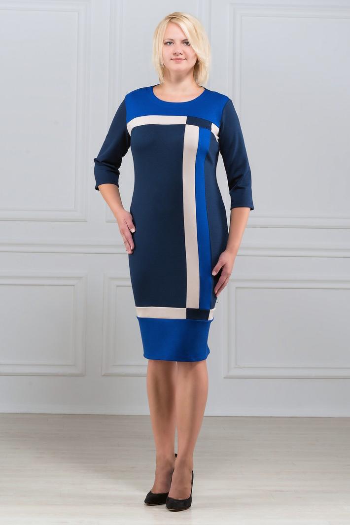 ПлатьеПлатья<br>Элегантное платье построенное на сочетании трёх контрастных цветов и ассиметричном рисунке. Классический вариант для офиса. Ткань характеризуется эластичностью, растяжимостью и мягкостью. Рукав 3/4. Плотность ткани 280 гр/м2  Длина платья 98-100 см.  В изделии использованы цвета: синий, белый  Рост девушки-фотомодели 173 см<br><br>Горловина: С- горловина<br>По длине: Ниже колена<br>По материалу: Вискоза,Трикотаж<br>По рисунку: Цветные<br>По силуэту: Приталенные<br>По стилю: Повседневный стиль<br>По форме: Платье - футляр<br>Рукав: Рукав три четверти<br>По сезону: Осень,Весна,Зима<br>Размер : 48,50,52,54,56,58,60<br>Материал: Трикотаж<br>Количество в наличии: 14