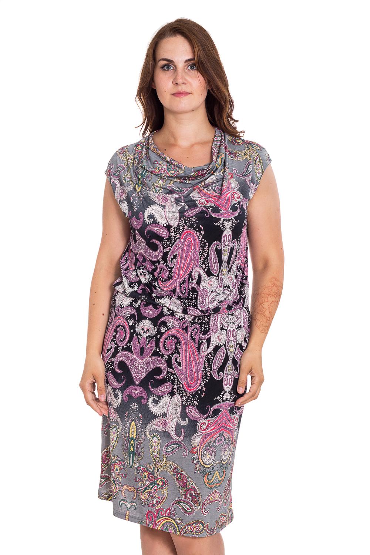 ПлатьеПлатья<br>Летнее платье длиной ниже колена с горловиной качель. Модель выполнена из приятного трикотажа с этническим принтом. Отличный выбор для повседневного гардероба.  В изделии использованы цвета: серый, розовый, черный и др.  Рост девушки-фотомодели 180 см.<br><br>Горловина: Качель<br>По длине: Ниже колена<br>По материалу: Трикотаж<br>По образу: Город,Свидание<br>По рисунку: С принтом,Цветные,Этнические<br>По силуэту: Полуприталенные<br>По стилю: Повседневный стиль<br>Рукав: Без рукавов<br>По сезону: Лето<br>Размер : 54<br>Материал: Холодное масло<br>Количество в наличии: 1