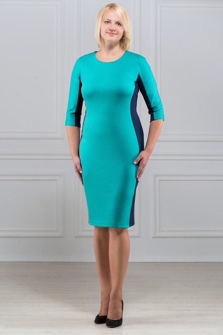 ПлатьеПлатья<br>Повседневное и в то же время элегантное платье, построенное на сочетании двух контрастных цветов и симметричном рисунке. Классический вариант для офиса. Вырез горловины круглый. Рукав 3/4. Ткань - плотный трикотаж, характеризующийся эластичностью, растяжимостью и мягкостью.   Плотность ткани 280 гр/м2  Длина изделия 100-105 см.  В изделии использованы цвета: бирюзовый, синий  Рост девушки-фотомодели 173 см<br><br>Горловина: С- горловина<br>По длине: Ниже колена<br>По материалу: Вискоза,Трикотаж<br>По рисунку: Цветные<br>По силуэту: Приталенные<br>По стилю: Офисный стиль,Повседневный стиль<br>По форме: Платье - футляр<br>Рукав: Рукав три четверти<br>По сезону: Осень,Весна<br>Размер : 50,52,54,56,58,60<br>Материал: Трикотаж<br>Количество в наличии: 12