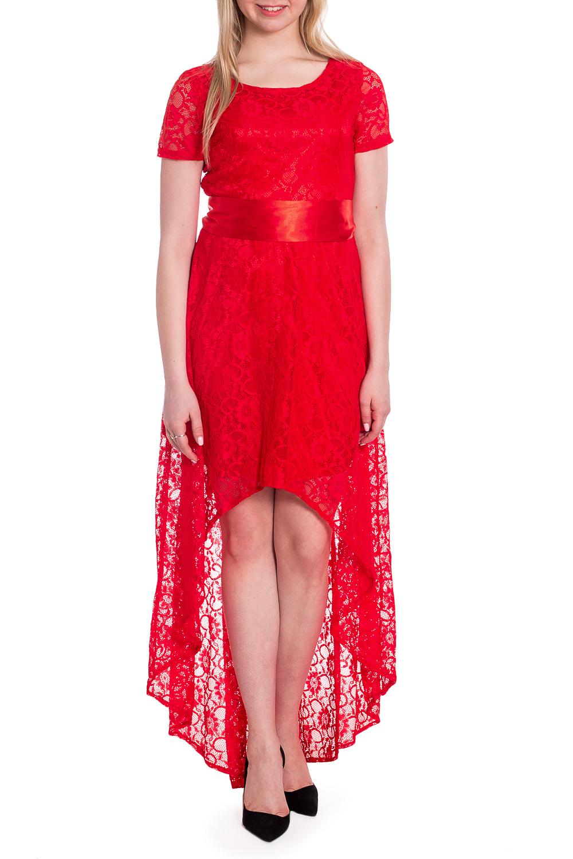 ПлатьеПлатья<br>Эффектное нарядное платье со шлейфом. Модель выполнена из ажурного гипюра. Отличный выбор для любого торжества. Платье без пояса.  В изделии использованы цвета: красный  Рост девушки-фотомодели 170 см<br><br>Горловина: С- горловина<br>По длине: До колена<br>По материалу: Гипюр<br>По рисунку: Однотонные<br>По сезону: Весна,Зима,Лето,Осень,Всесезон<br>По силуэту: Полуприталенные<br>По стилю: Вечерний стиль,Нарядный стиль<br>По элементам: С подкладом,Со шлейфом<br>Рукав: Короткий рукав<br>Размер : 42,46,52<br>Материал: Гипюр<br>Количество в наличии: 3