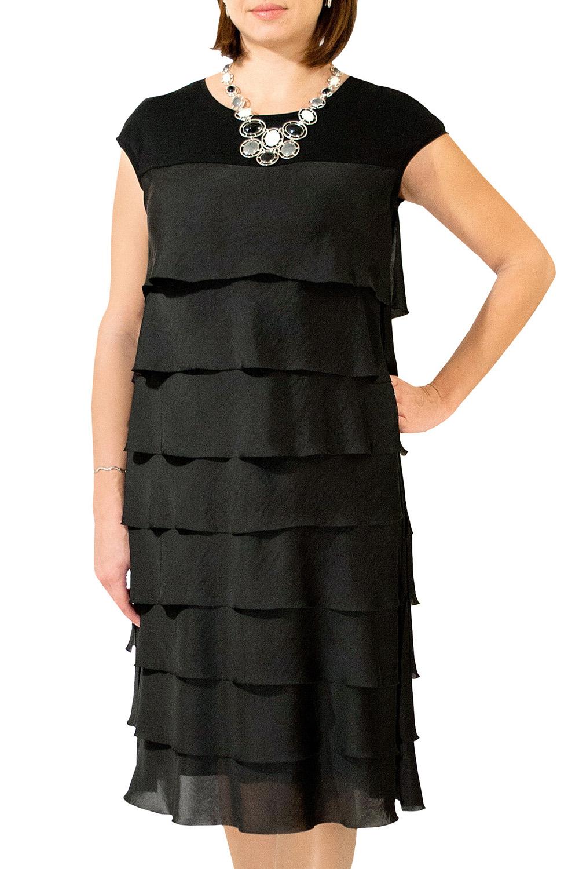ПлатьеПлатья<br>Ярусное платье свободного силуэта. Модель выполнена из приятного материала. Отличный выбор для любого случая.  Цвет: черный  Изделие на рост 170 см.<br><br>Горловина: С- горловина<br>По длине: Ниже колена<br>По материалу: Шелк<br>По образу: Свидание<br>По рисунку: Однотонные<br>По сезону: Весна,Всесезон,Зима,Лето,Осень<br>По силуэту: Прямые,Свободные<br>По стилю: Нарядный стиль,Повседневный стиль<br>По элементам: С воланами и рюшами,С декором<br>По форме: Платье - трапеция<br>Рукав: Без рукавов<br>Размер : 52-56,58-60<br>Материал: Шелк<br>Количество в наличии: 2