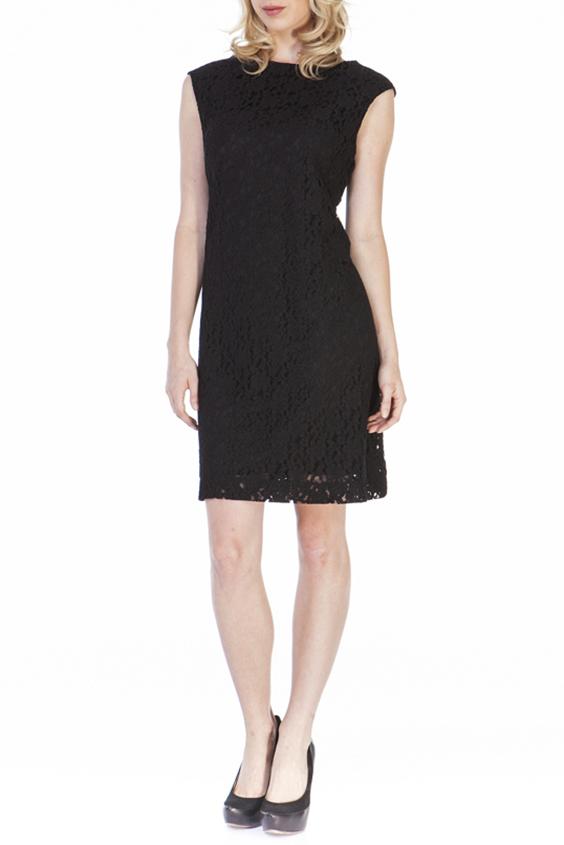 ПлатьеПлатья<br>Нарядное платье без рукавов из ажурного гипюра. Отличный выбор для любого тожества.  Цвет: черный  Ростовка изделия 170 см.<br><br>Горловина: С- горловина<br>По длине: До колена<br>По материалу: Гипюр<br>По рисунку: Однотонные<br>По стилю: Нарядный стиль,Повседневный стиль,Вечерний стиль<br>Рукав: Без рукавов<br>По сезону: Весна,Всесезон,Зима,Лето,Осень<br>По силуэту: Полуприталенные<br>По форме: Платье - футляр<br>По элементам: С подкладом<br>Размер : 44<br>Материал: Гипюр<br>Количество в наличии: 1