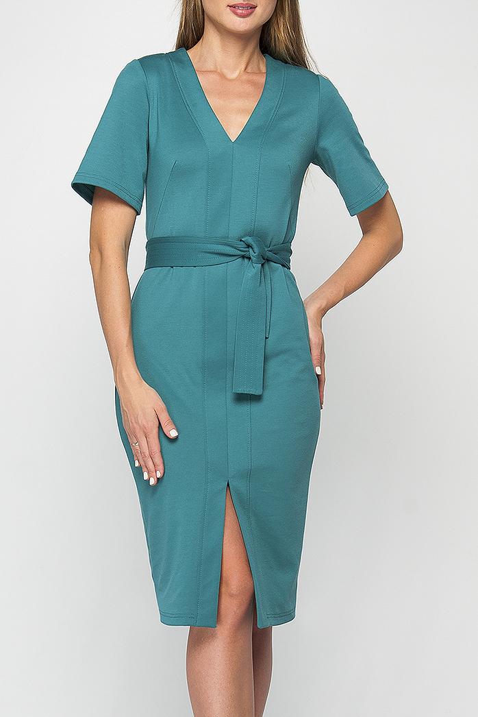 ПлатьеПлатья<br>Бирюзовое платье прилегающего силуэта из плотного трикотажного материала, имеет V- образный вырез горловины и рукав до логтя, расклешенный к низу. Это платье сделает любой Ваш образ стильным и женственным. Платье без пояса.  Параметры изделия:  44 размер: обхват груди - 88 см, обхват бедер - 92 см, длина рукава - 27 см, длина изделия - 105 см;  52 размер: обхват груди - 104 см, обхват бедер - 108 см, длина рукава - 27 см, длина изделия - 110 см. Рост модели 175 см, 44 размер.  В изделии использованы цвета: бирюзовый  Рост девушки-фотомодели 175 см.<br><br>Горловина: V- горловина<br>По длине: Ниже колена<br>По материалу: Трикотаж<br>По рисунку: Однотонные<br>По силуэту: Приталенные<br>По стилю: Повседневный стиль<br>По форме: Платье - футляр<br>По элементам: С разрезом<br>Разрез: Короткий,Шлица<br>Рукав: Короткий рукав<br>По сезону: Осень,Весна,Зима<br>Размер : 42,44,46,48,52,54<br>Материал: Трикотаж<br>Количество в наличии: 9