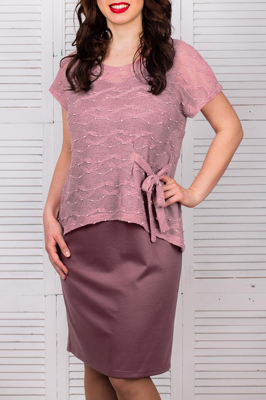 ПлатьеПлатья<br>Женское платье с круглой горловиной и короткими рукавами Модель выполнена из однотонного трикотажа. Отличный выбор для любого случая.  Цвет: розовый  Рост девушки-фотомодели - 168 см<br><br>Горловина: С- горловина<br>По образу: Город<br>По рисунку: Однотонные<br>По силуэту: Полуприталенные<br>Рукав: Короткий рукав<br>По форме: Платье - футляр<br>По материалу: Гипюр,Трикотаж<br>По стилю: Повседневный стиль,Нарядный стиль<br>По сезону: Всесезон,Весна,Зима,Лето,Осень<br>По длине: До колена<br>Размер : 56<br>Материал: Джерси + Гипюр<br>Количество в наличии: 1