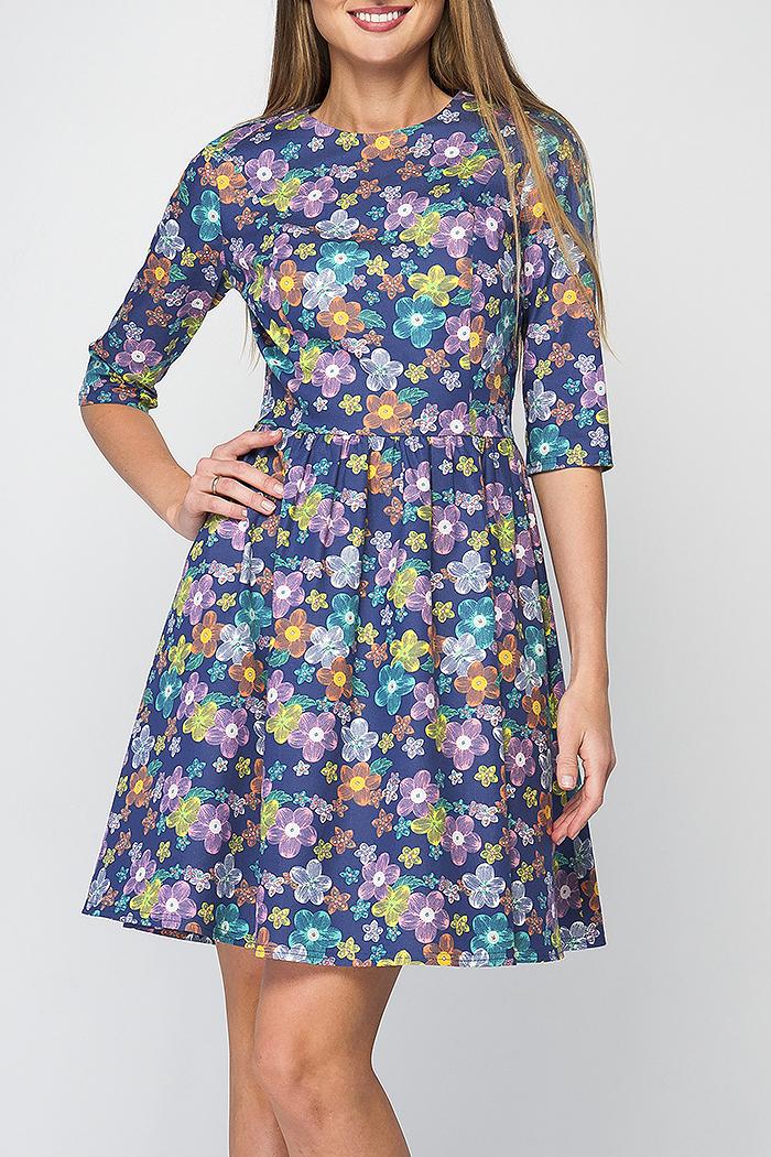 ПлатьеПлатья<br>Стильное женское платье приталенного силуета. Рукав 3/4, отрезная линия талии и длина чуть выше колена - придают модели утонченности и женственности. На спинке имеется потайная молния. Это платье отлично подойдет как и для повседневных образов, так и для похода в ресторан.   Параметры изделия:  44 размер: обхват груди - 92см, обхват талии - 72см, длина рукава - 38см, длина изделия - 91см;  48 размер: обхват груди - 96см, обхват талии - 80см, длина рукава - 38см, длина изделия - 92см.  В изделии использованы цвета: синий, розовый и др.  Рост девушки-фотомодели 175 см.<br><br>Горловина: С- горловина<br>По длине: До колена<br>По материалу: Тканевые,Хлопок<br>По рисунку: Растительные мотивы,С принтом,Цветные,Цветочные<br>По силуэту: Приталенные<br>По стилю: Повседневный стиль<br>По форме: Платье - трапеция<br>Рукав: Рукав три четверти<br>По сезону: Осень,Весна,Зима<br>Размер : 42,46<br>Материал: Плательная ткань<br>Количество в наличии: 2