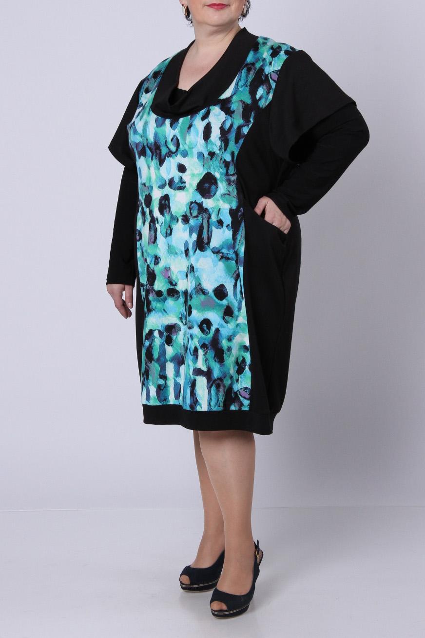 ПлатьеПлатья<br>Стильное платье из джерси с набивным рисунком по полочке. Свободный приспущенный рукав 20 см. Фасон – свободный, слегка зауженный к низу и посаженный на небольшой манжет. Платье без блузки.  Длина изделия по спинке – 102 см.  Цвет: черный, голубой<br><br>Воротник: Хомут<br>По длине: Ниже колена<br>По материалу: Вискоза,Трикотаж<br>По образу: Город,Свидание<br>По рисунку: Леопард,Цветные<br>По сезону: Весна,Осень<br>По силуэту: Свободные<br>По стилю: Повседневный стиль<br>По элементам: С карманами<br>Рукав: Короткий рукав<br>Размер : 54,56,58,60,64<br>Материал: Джерси<br>Количество в наличии: 5